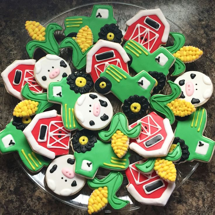 Farm cookies | Tractor cookies | Farm Theme | Birthday Cookies | Cow cookies…
