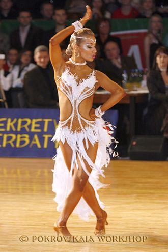 Рейтинговое платье для бальных танцев рост 125-134 (продано)