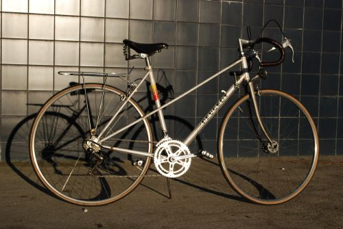 [SOLD] Peugeot - Mixte, Monaco € 175 Anjos, Lisboa Shimano 10 speed bike.  Mixte / Hybride model: It has road bike features: lightweight frame, road handlebar, narrow tires, shifters on frame.  And by bicycle ...