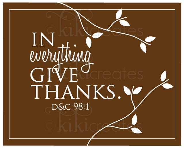 In Everything Give Thanks printable. Redo this on PS for charger plate - change color
