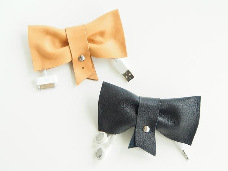 Bow organizers - DIY cord organizer