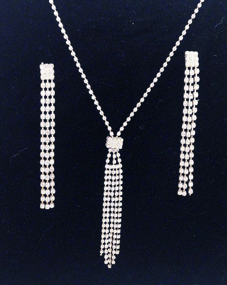 Classic Rhinestone Dangling Streamers Necklace & Earring Set