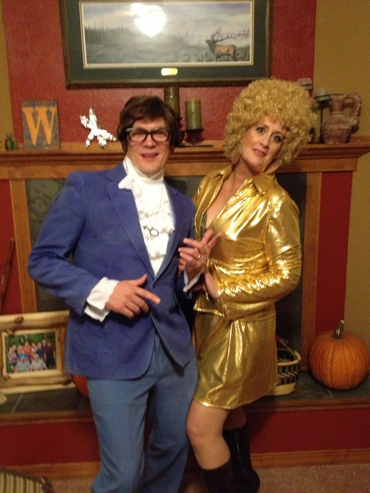 Austin Powers and Foxxy Cleopatra