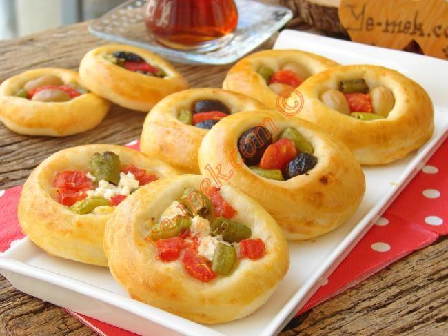 Pastane Usulü Minik Pizza Resmi