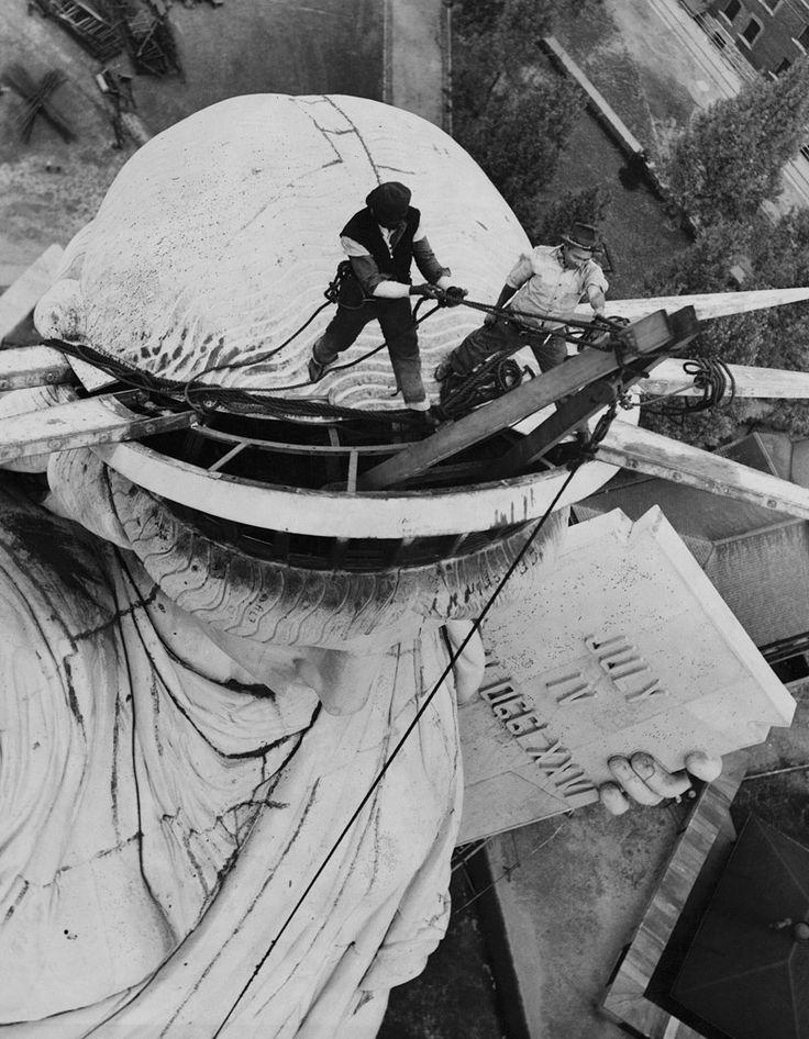 Chapa y pintura para la estatua de la Libertad en 1938