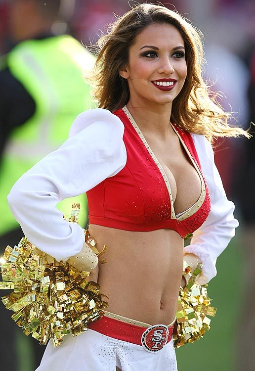 17 Melissa San Francisco 49ers Gold Rush Cheerleader (Hottest NFL Cheerleaders of 2012)