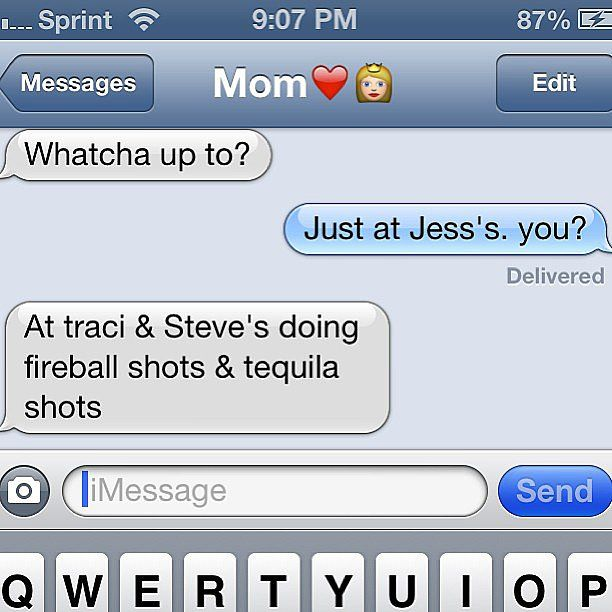"""Is it us, or does it seem like everyone has a """"text from Mom"""" story? You'll laugh at 10 of the best texts moms have ever sent."""