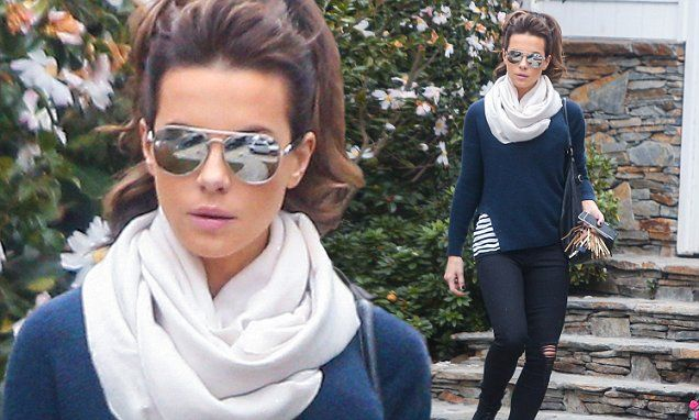 Kate Beckinsale shows off her shabby chic winter wardrobe