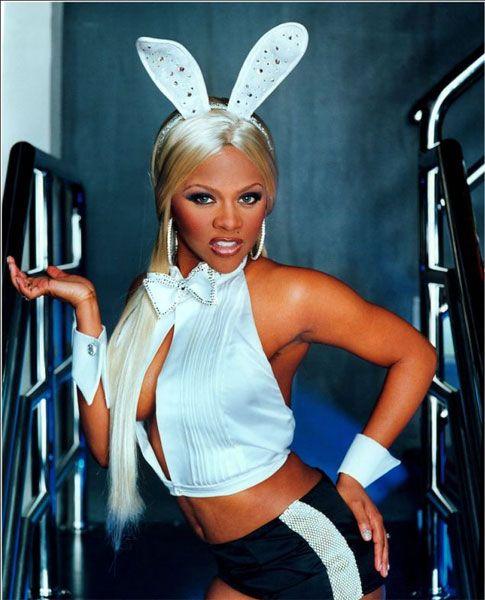 Lil Kim Da Godesss, Play Boy Bunny, Doin the Money Dance While You Niggazzzz Doin the Duggie...aihhh