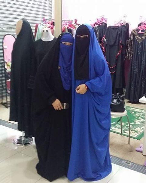 Matchy..matchy..Black and blue or blue and black . Malhafah Saudi and Malhafah QUDSY. RM 180  #malhafahsaudi #malhafahqudsy #niqabmalaysia #malaysia #muslim #muslimah #aurat #niqabmurah #khimar3layers #khimar2layers #jubahdress #abayamesir #abayaSaudi #setsyari #niqabbutterfly #tawaurian #tawau #sabahonlineshop #sabah #kkcityonlineshop #kkcity #kotakinabalu #labuan #brunei_ig #singapore