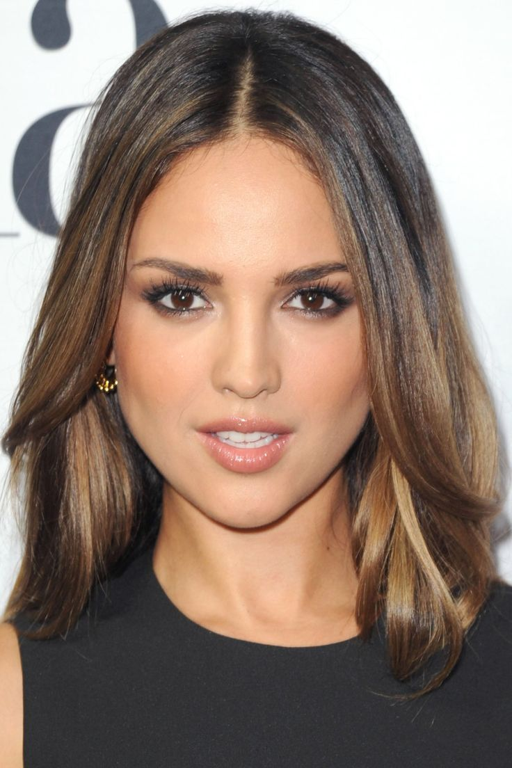 Eiza González at the 2015 Latina Hot List party.
