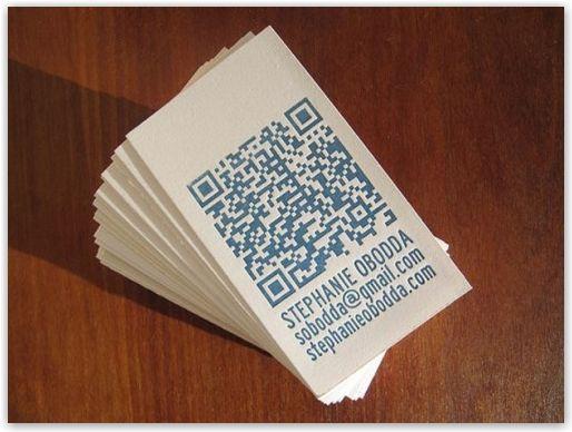Biglietti da visita con QR code per essere subito raggiungibili forse dovremmo iniziare a proporli... Idee per biglietti da visita personalizzati, originali, colorati, fantasiosi, emozionanti. Piacciono a www.gemcommunication.com  #bigliettidavisita