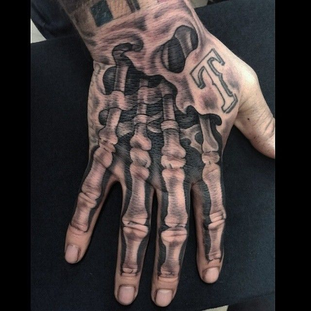Instagram media by easy_english_817 - #Handtattooo #tattoo #drawnon