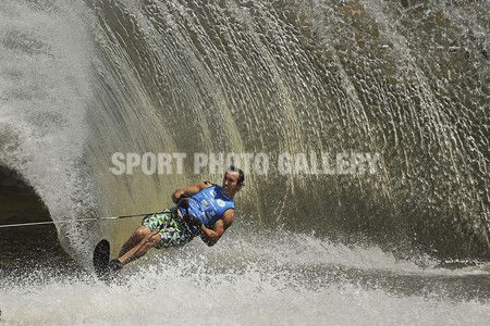 Men's Slalom Final during the Moomba Masters International Invitational Waterskiing Championships at the 2013 Moomba Water Festvial on the Yarra River on March 11, 2013 in Melbourne, Australia.  (Photo by Scott Barbour/Getty Images)