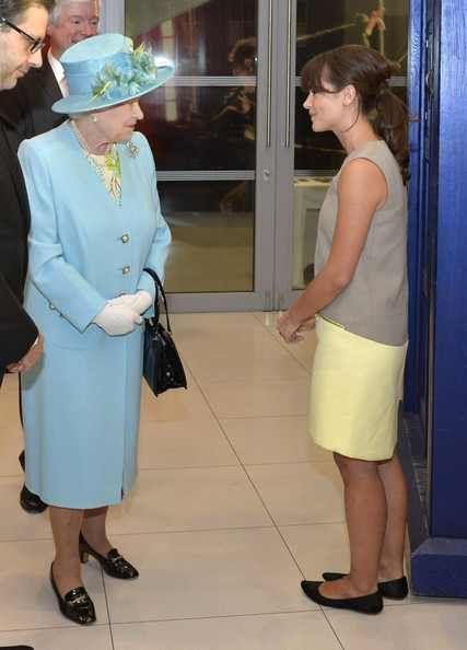 Queen Victoria @ITVVictoria When our Queen met the Queen. Happy 90th Birthday Queen Elizabeth. #QueenElizabeth #QueensBirthday #JennaColeman