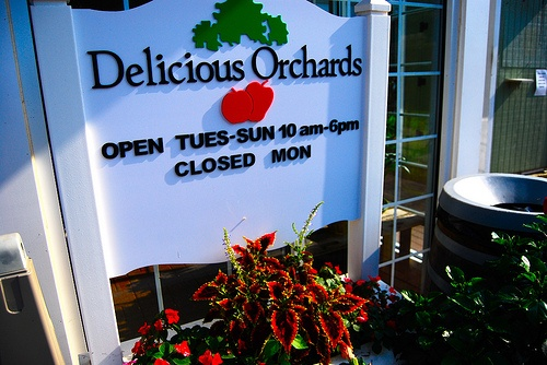 Delicious Orchards ~ Colts Neck, NJ