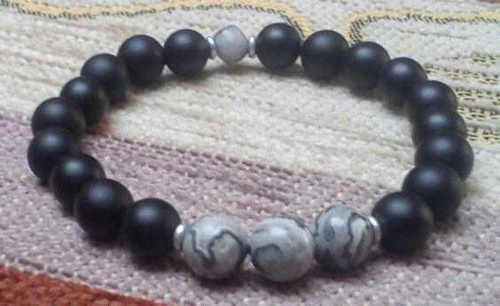 Matte black onyx, landscape gemstore - 8 mm