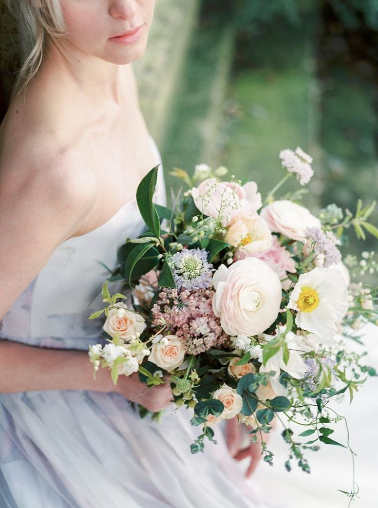 Quintessential English Garden Wedding in the Cotswolds   Theresa Furey Photography   BLOVED Blog