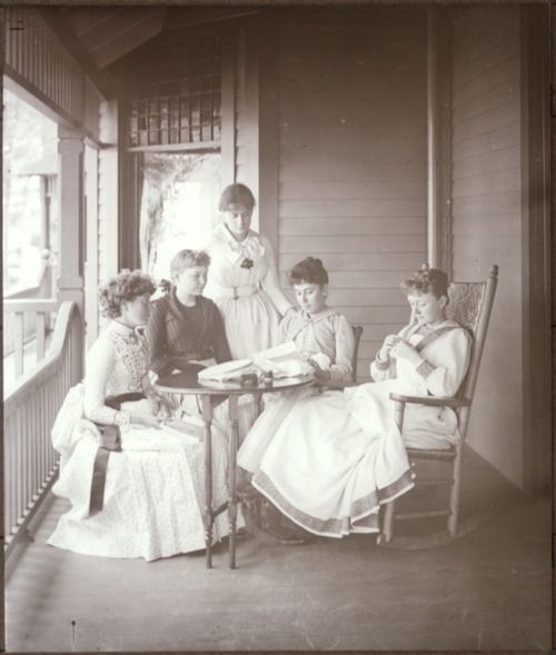 Five Victorian woman on a lovely porch, 1887, image by Alfred Stieglitz. #vintage #Victorian #ladies