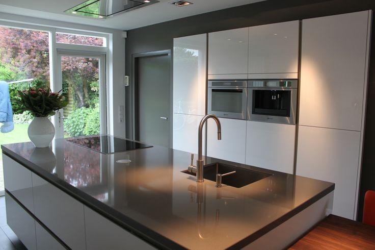 keuken in ruimte met lange ramen - Google zoeken