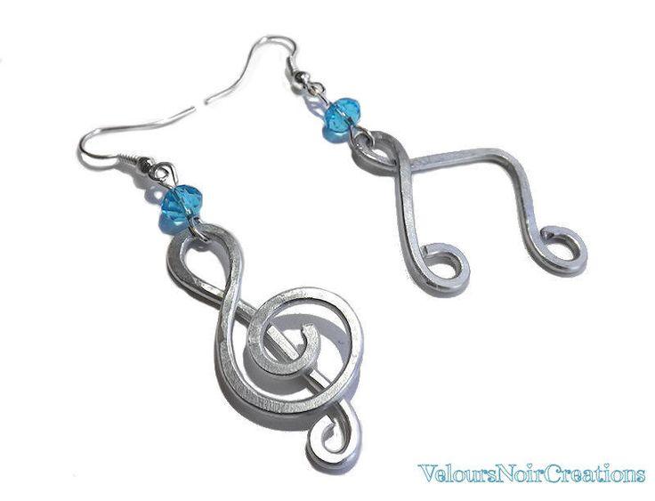 Orecchini note musicali chiave di violino wire, by Velours Noir Crèations, 15,00€ su misshobby.com treble clef wire earrings