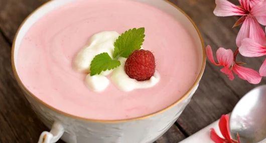Joghurtos-tejszínes málnaleves recept |  - receptek képekkel