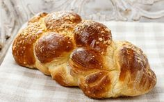 En Güzel Tatlı Ekmek: Paskalya Çöreği Tarifi - Yemek.com
