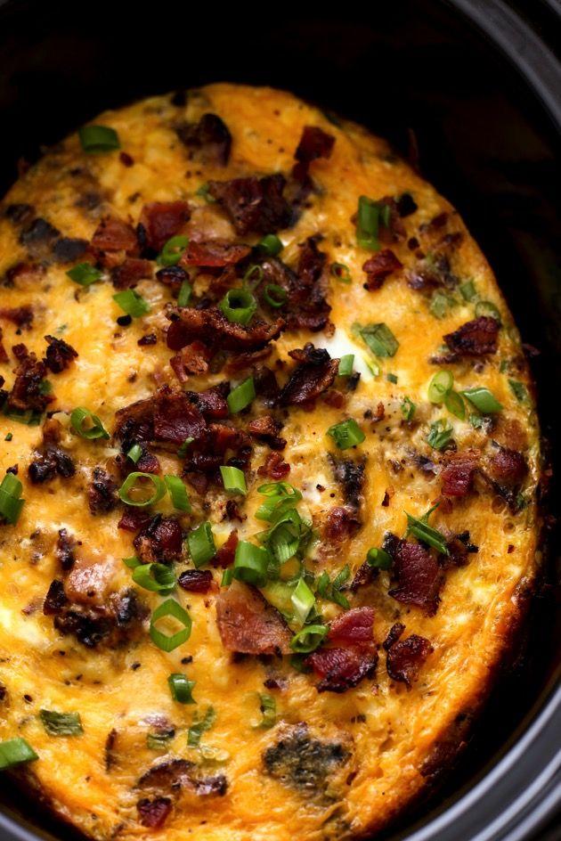 Bacon, Egg & Hash Brown Breakfast Casserole in a Slow Cooker