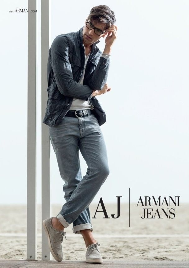 Armani Jeans se sube al barco y nos muestra sus looks favoritos para la  Primavera-