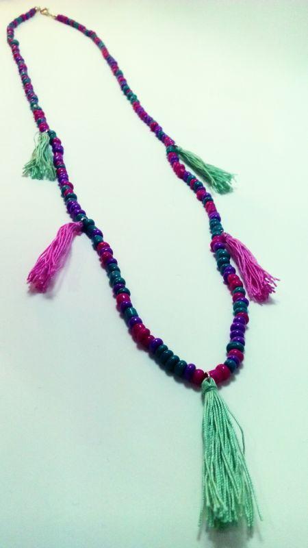 http://papercrane.sopsy.com/urun/puskullu-renkli-boncuklu-kolye/152568 #necklace #handmade #papercrane