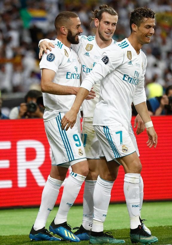 Board Games Madrid Bbc Real Madrid Bbc Learning English Years And Years Bbc Bbc Good Food Recipes In 2020 Real Madrid Real Madrid Wallpapers Cristiano Ronaldo Cr7