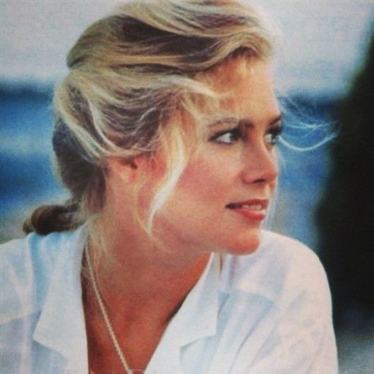 the JoBeth Williams recollection... - houseofsushi: Kathleen Turner
