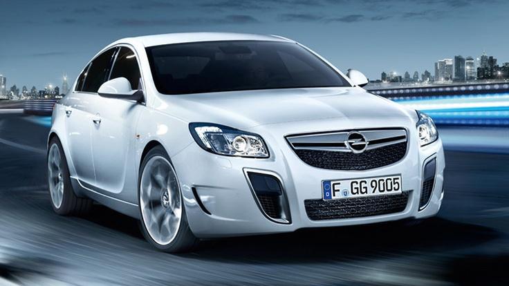 El Opel Corsa OPC y el Insignia OPC ofrecen emocionantes prestaciones en la conducción diaria en conjunto con sofisticados chasis que aseguran pleno dominio.