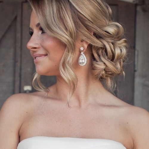 low up do | Visit cherryblossombride.tumblr.com       It;s gorgeous!