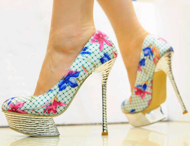 Sepatu Wanita | Sepatu Pria | Sepatu Kulit Clarks | by
