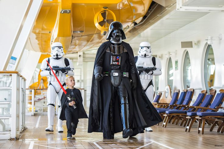 Returning in 2018: Star Wars Day at Sea makes its return to select DisneyCruise Caribbean itineraries in January - April 2018 for an event of galactic proportions!