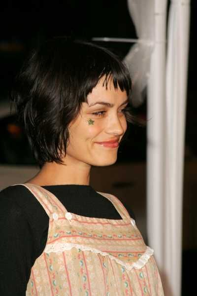 Shannyn Sossamon Haircut Google Search Music And
