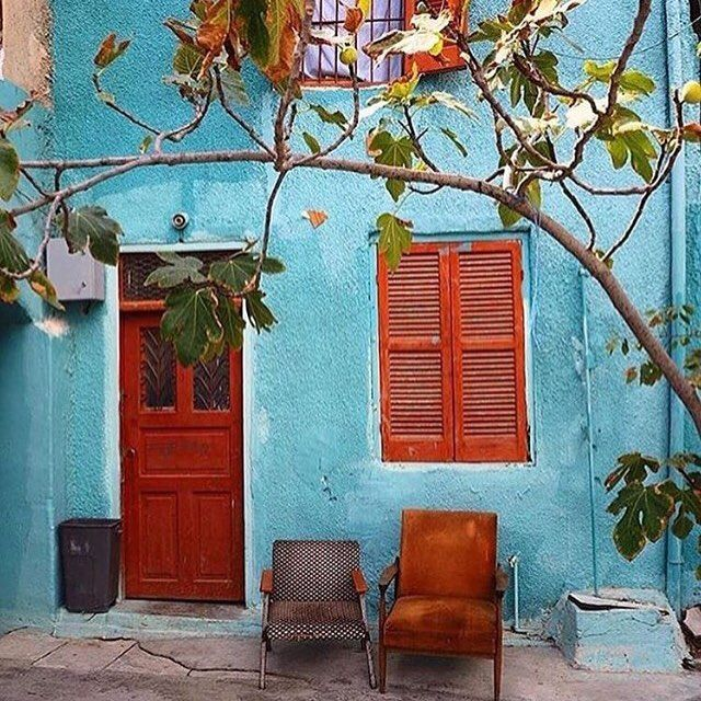 Colours of Istanbul .... Repost @travelsmilk #turquoise #burnt #orange #Istanbul