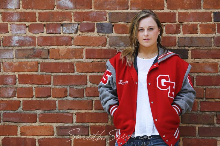 Senior Photos | Senior Girl | Letterman Jacket |