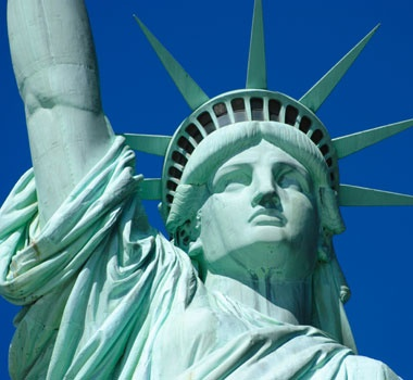 This is one of America's most famous monuments.  これは、アメリカでもっとも有名な記念碑のひとつだ。