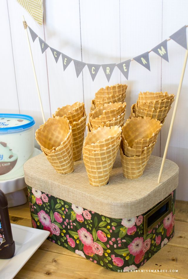 Vintage Ice Cream Cone Holder - Designs By Miss Mandee. Turn a hat box into an awesome ice cream cone holder! What a fun addition to an ice cream bar.