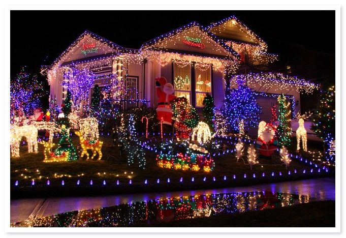 Hi, soon Christmas will arrive whether you have prepared the decoration for your christmas ?? if you do not know what to decorate try with the idea of Outdoor Christmas Decorations Clearance. Outdoor Christmas Decorations This clearance will make your house look very colorful. By using a lot of LED lights that give nuances of