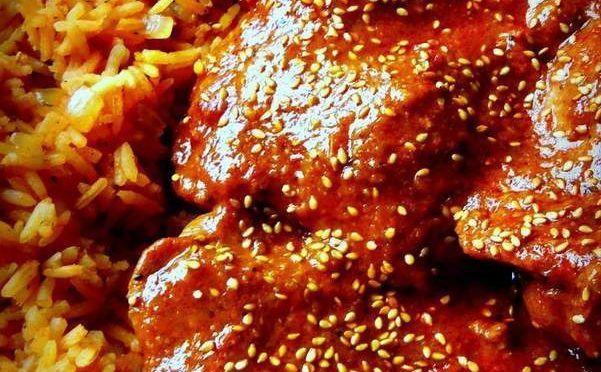 Mole de Pollo Mexicano~Chicken in a Mole(Mo-Leh) Sauce