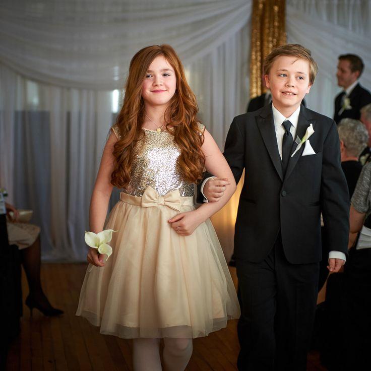 Cute and awkward Wedding Photo http://www.bradwedgewoodphotography.com