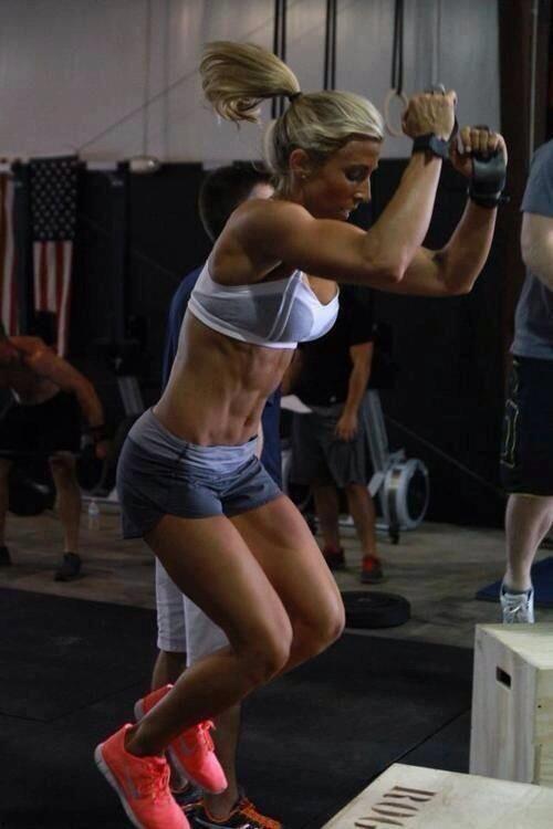 crossfit girls box jump