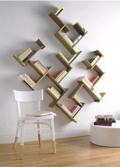 Une bibliothèque ludique pour ranger ses livres en s'amusant - 10 bibliothèques pour ranger ses livres - CôtéMaison.fr