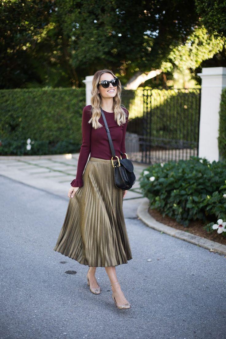 Ruffle cuff sweater // gold pleated skirt // star studded heels