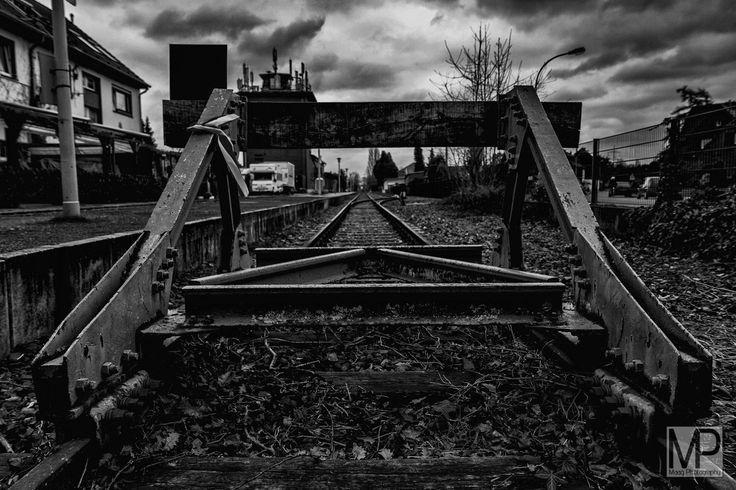 dark track #photography #fotografie #mimamedia #maagphotography #tönisvorst #krefeld #niederrhein #blackandwhite #bnw #monochrome #instablackandwhite #monoart #insta_bw #bnw_society #bw_lover #bw_photooftheday #photooftheday #bw #instagood #bw_society #bw_crew #bwwednesday #insta_pick_bw #bwstyles_gf #irox_bw #igersbnw #bwstyleoftheday #monotone #monochromatic #fineart_photobw Find me on Instagram: @maag.photography (http://ift.tt/2lwzuwP)