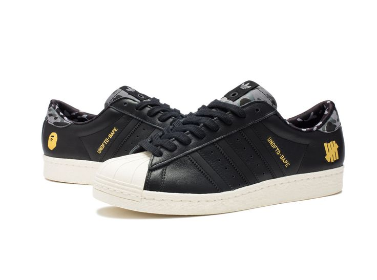 low priced 859cd 49724 BAPE x Undefeated x Adidas Superstar 80v