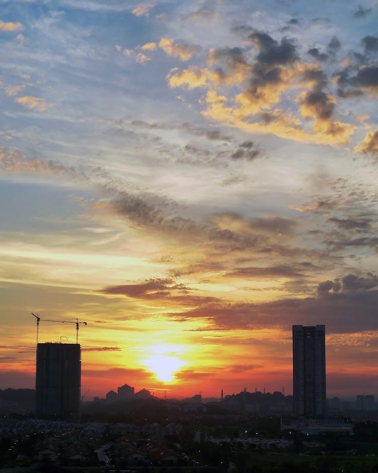 Sunset In Desa ParkCity